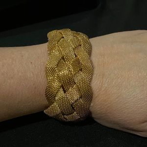 Jewelry - Gold/ copper tone braided magnetic mesh bracelet